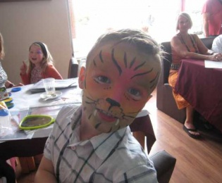Macmillan Cancer Support Portugal Facepaintingnsp 210